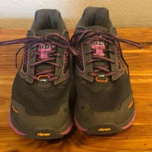 Altra Olympus 2.5 Trail Shoes 7.5